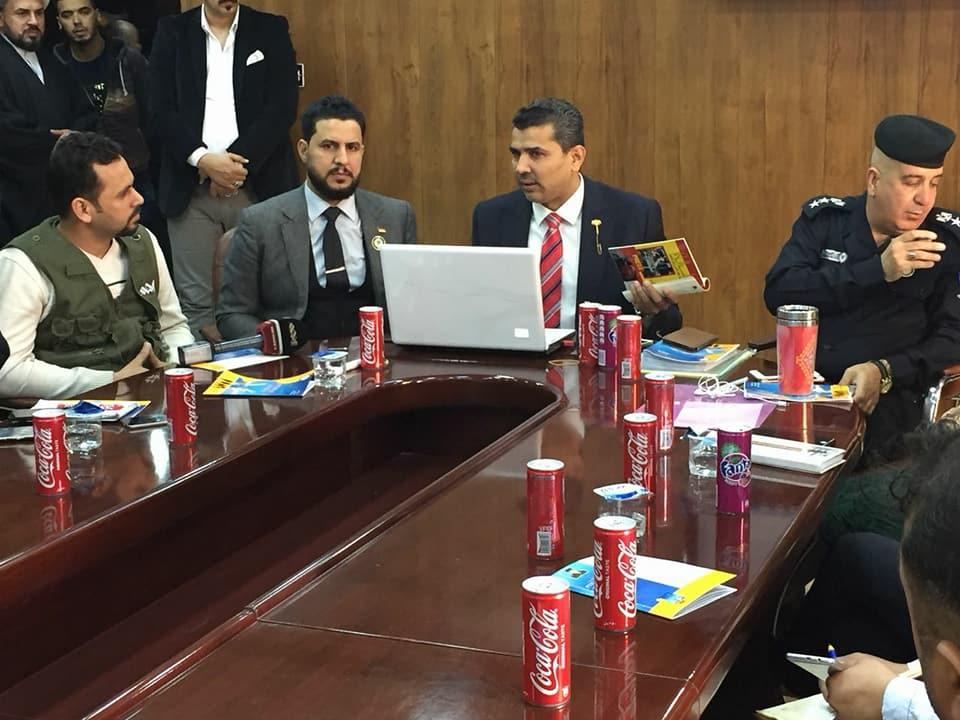 كلية الآداب تشترك في افتتاح دورة عن مخاطر الشائعات في وزارة الداخلية